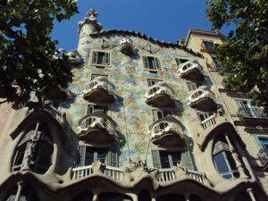 La façade de la Casa Batlló à Barcelone (Espagne)
