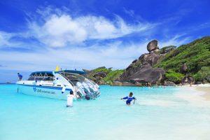 Une des plages des îles Similan : sable blanc et eau turquoise